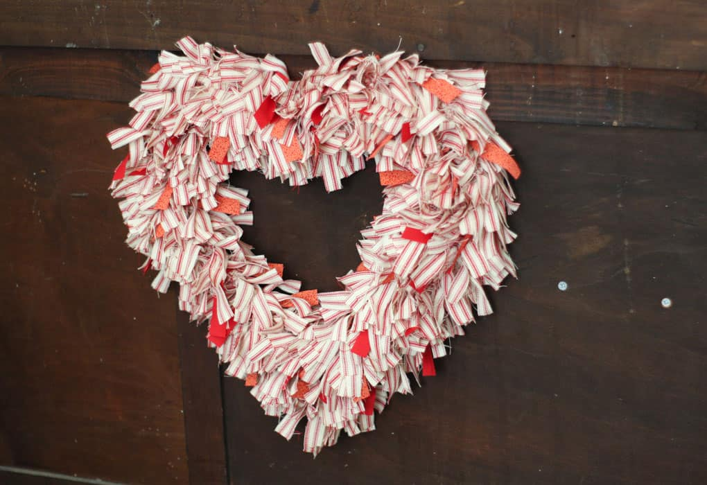 make ticking stripe fabric wreath Valentine