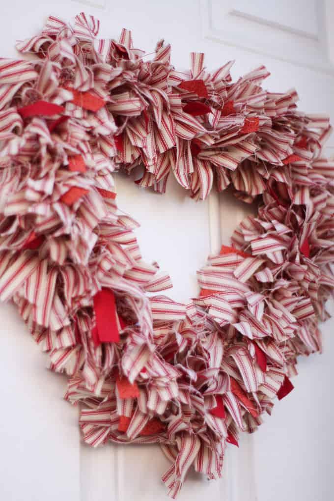make ticking strip fabric heart wreath Valentine's on door