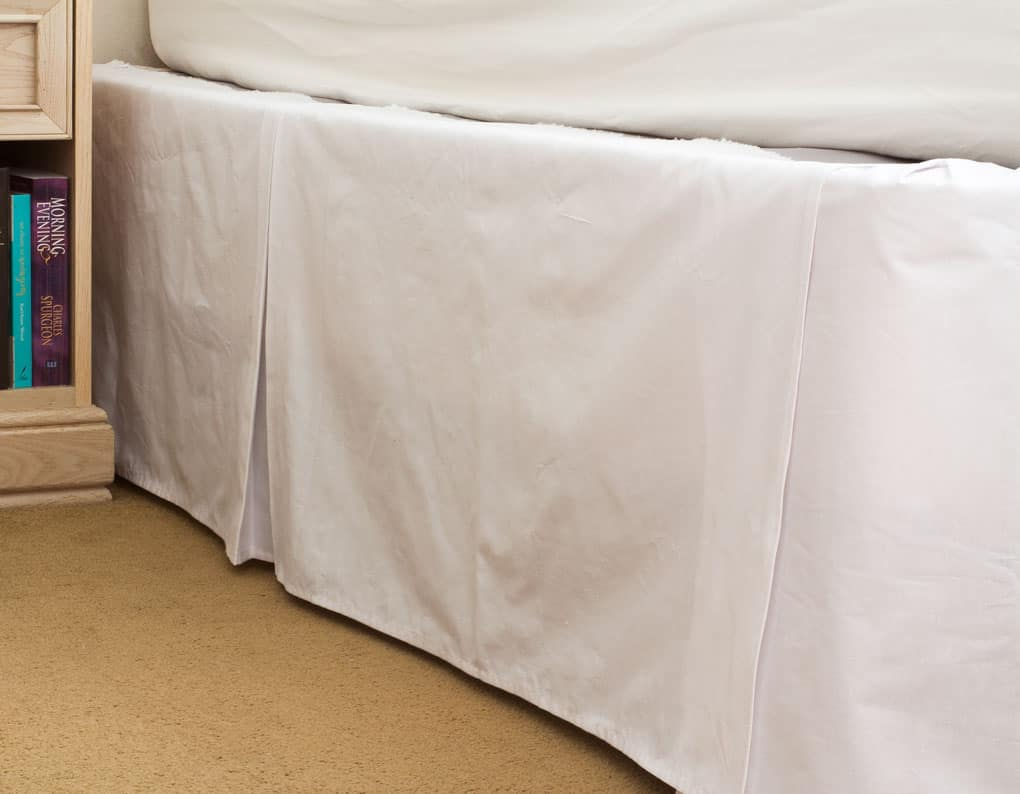 easy sew or new-sew pleated bed skirt white pleated bed skirt and gold carpet