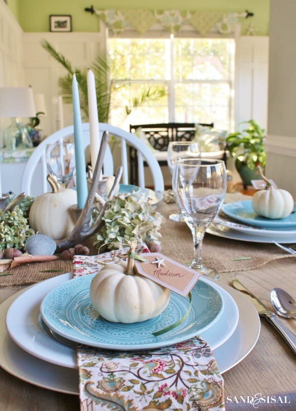 tuesday turn about #5 the best blog posts on the web aqua white and green tablescape with plates glasses flatware and pumpkin accents