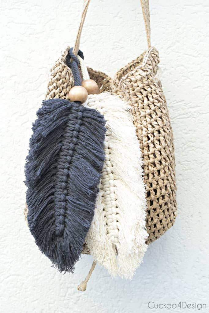 tuesday turn about #5 the best blog posts on the web gray and white macrame feather purse charms on straw purse