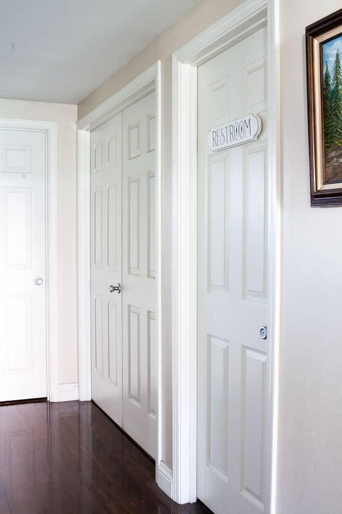 how to make a fake enamel sign restroom sign on door