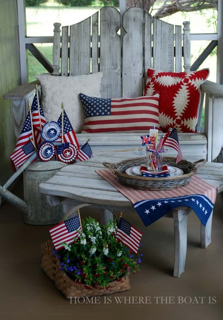 small porch 4th of July decor ideas