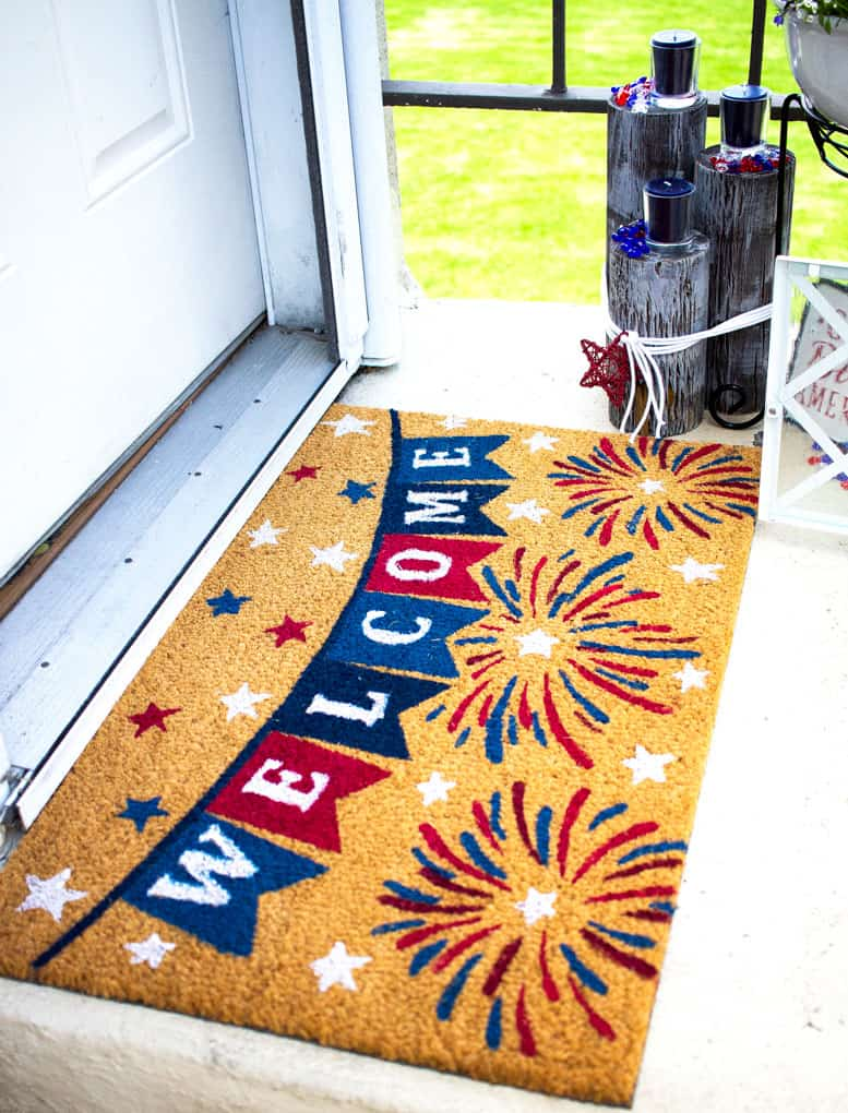 small porch 4th july decor ideas with welcome mat