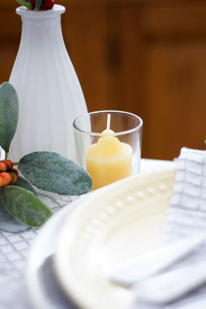 simple fall decor using place cards simple fall tablescape for one using plates napkins stemware and greenery