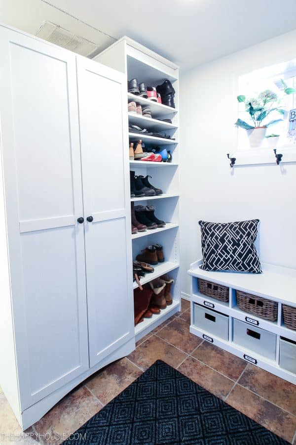 tuesday turn about tiny living small mudroom