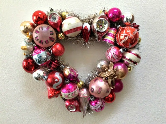 tuesday turn about 34 more hearts shiny bright ornament wreath
