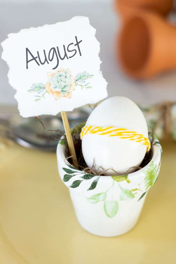 er mod podge pot placecard holder with egg wrapped in twine and name card