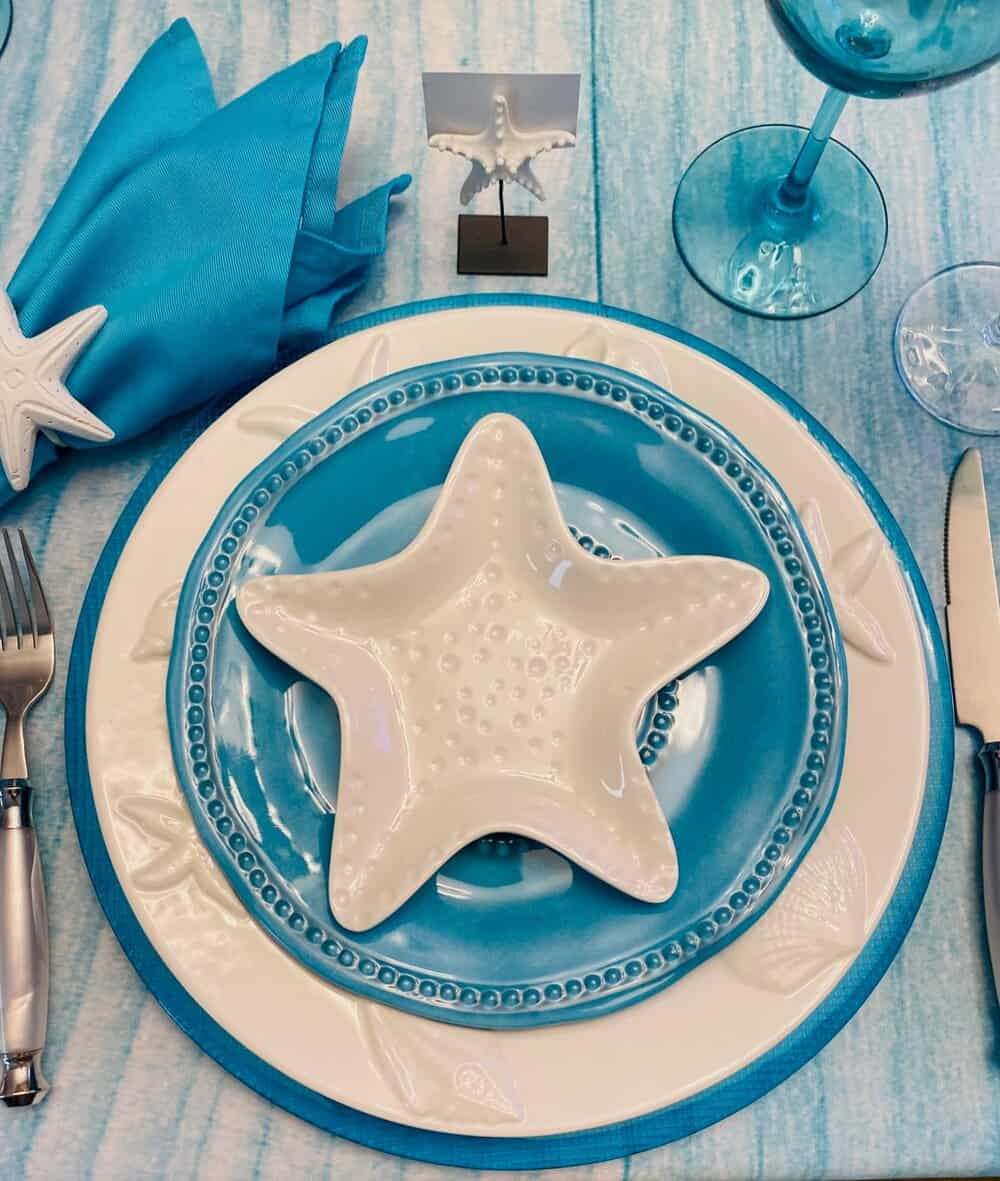 tuesday turn about 51 summer tables in blue and white starfish setting