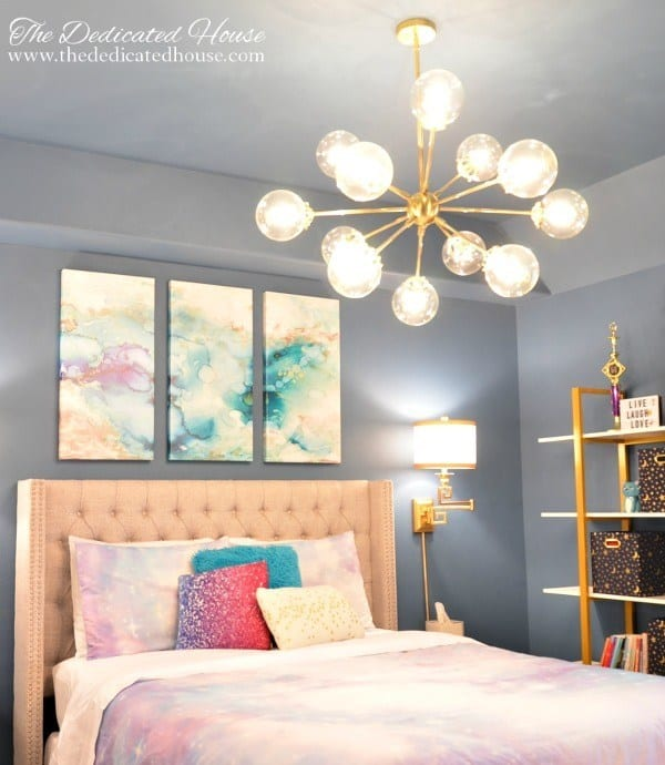 tuesday turn about 56 orc reveals starry bedroom with pink purple and blue decor