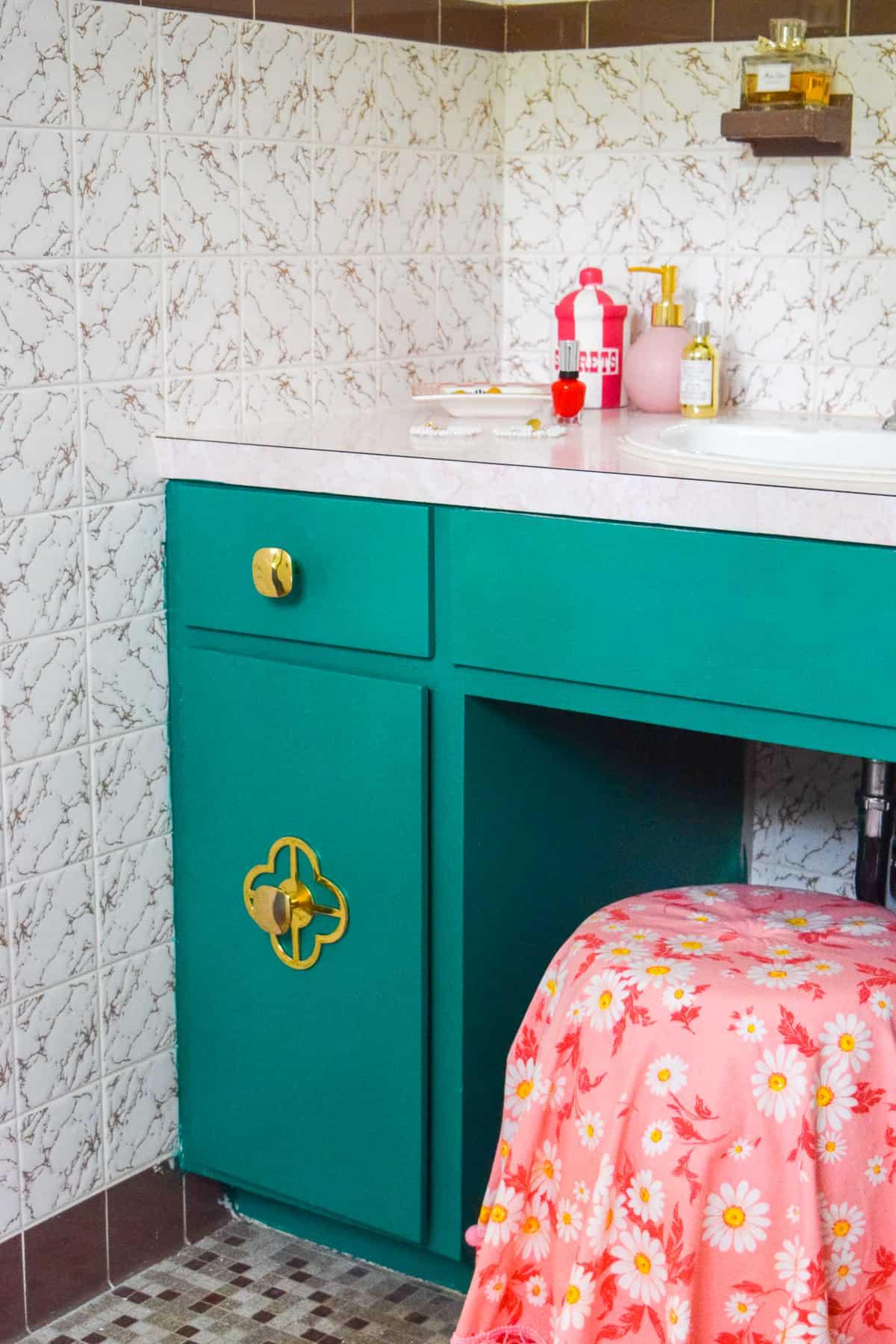 emerald green vanity in retro bathroom