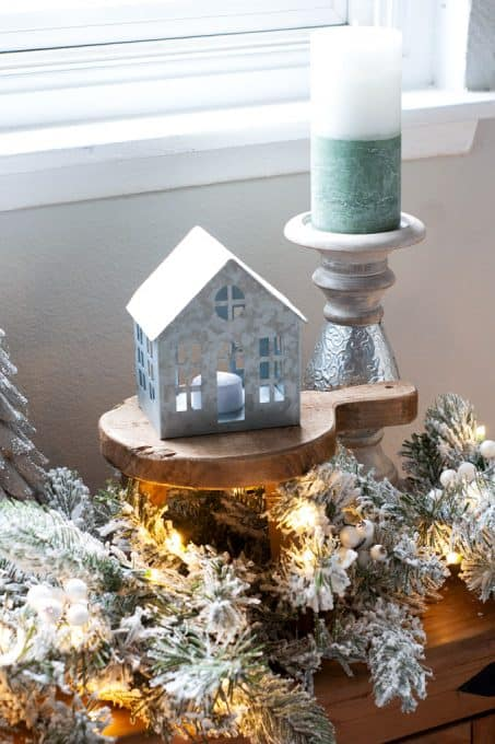 christmas decor and diy ideas faux mantel with christmas decor and lights