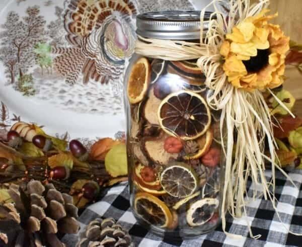 tuesday turn about 76 seasonal fragrance diys potpourri in jar