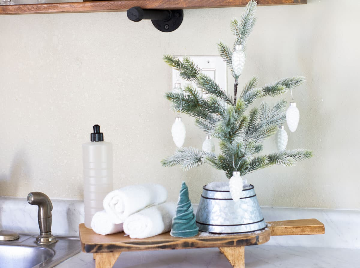 frosty christmas tiny home tour kitchen with christmas decor