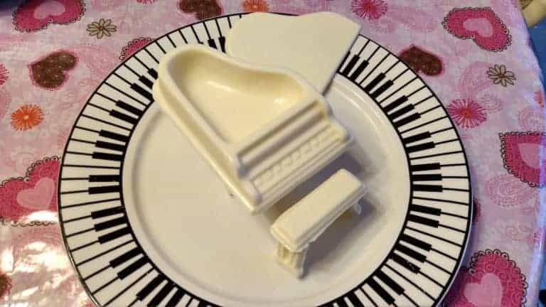 chocolate piano box on piano plate