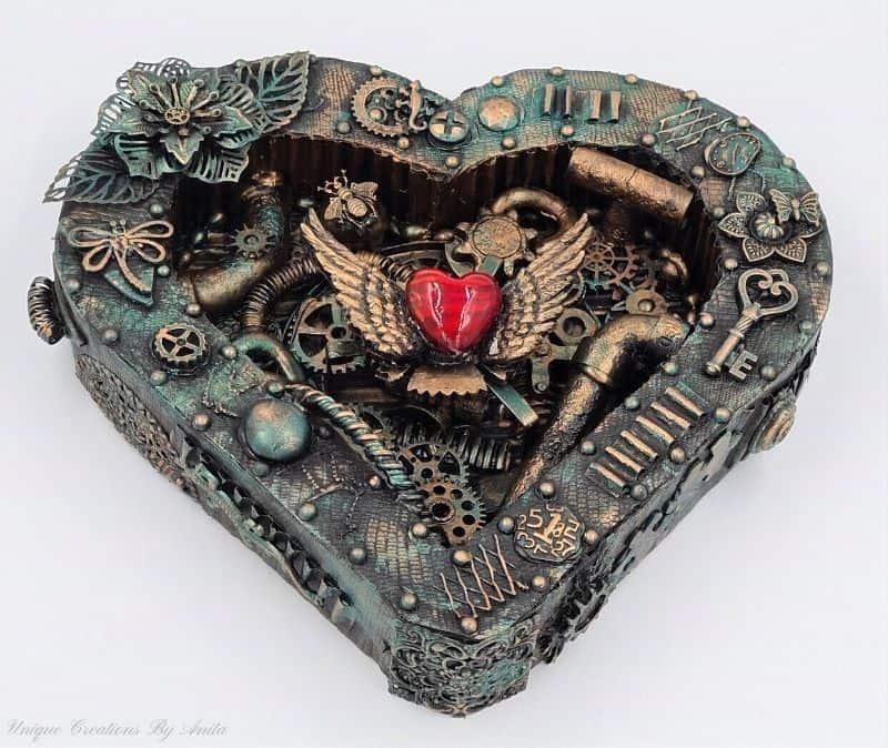 steampunk-look heart