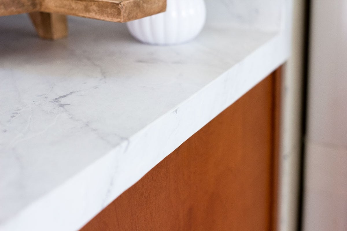 do contact paper countertops hold up corner of counter