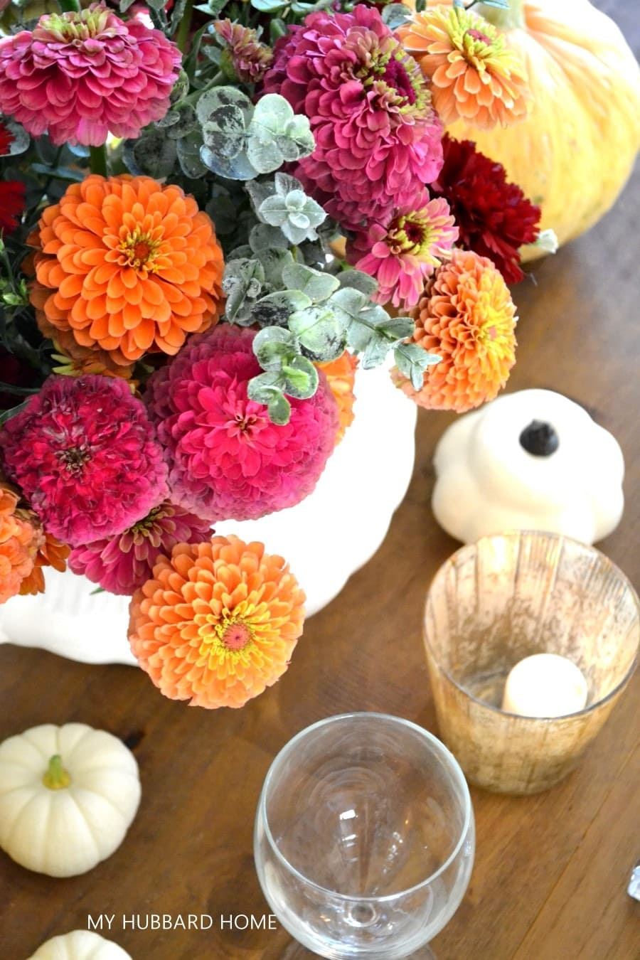 tuesday turn about 116 early fall tables zinnias in a vase with candles and gourds